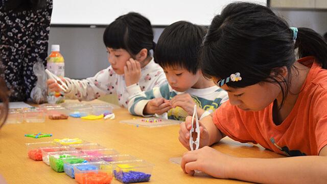 新竹東區禪修會館:親子拼豆繪圖