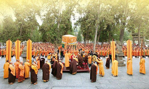 2007年10月悟覺妙天禪師親率一千多位菁英弟子,前往中國禪宗祖庭嵩山少林寺,完成兩岸法脈的接軌