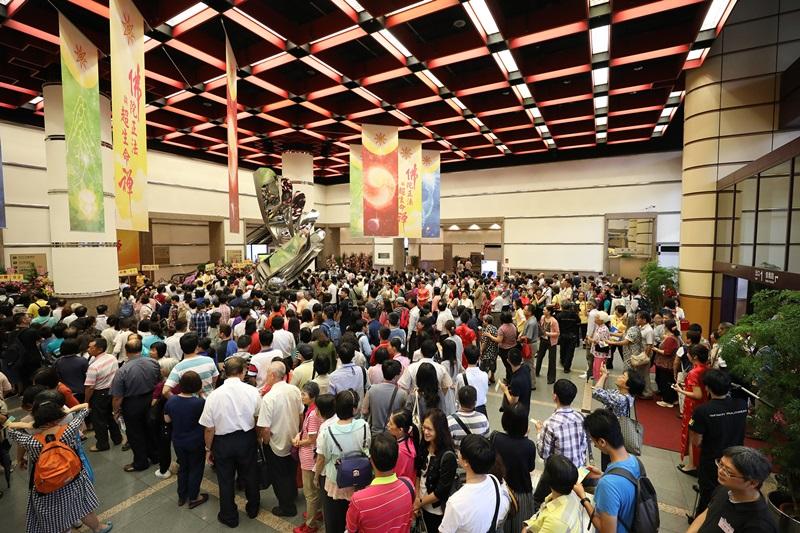 佛陀正法與超生命禪演講會,全場近6千位民眾熱烈參與