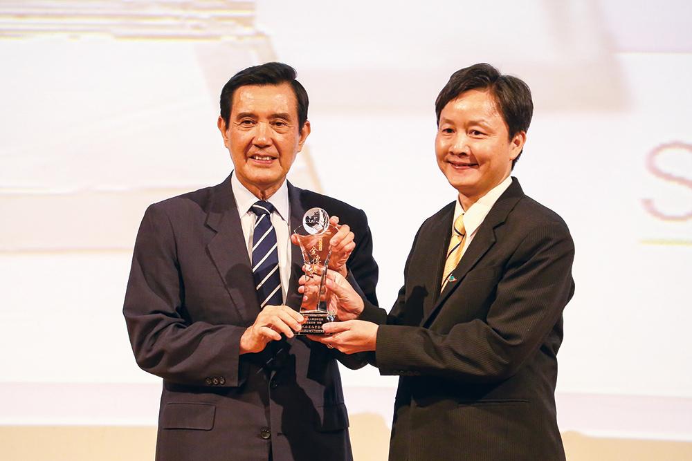 救世會榮獲第一屆華人公益金傳獎